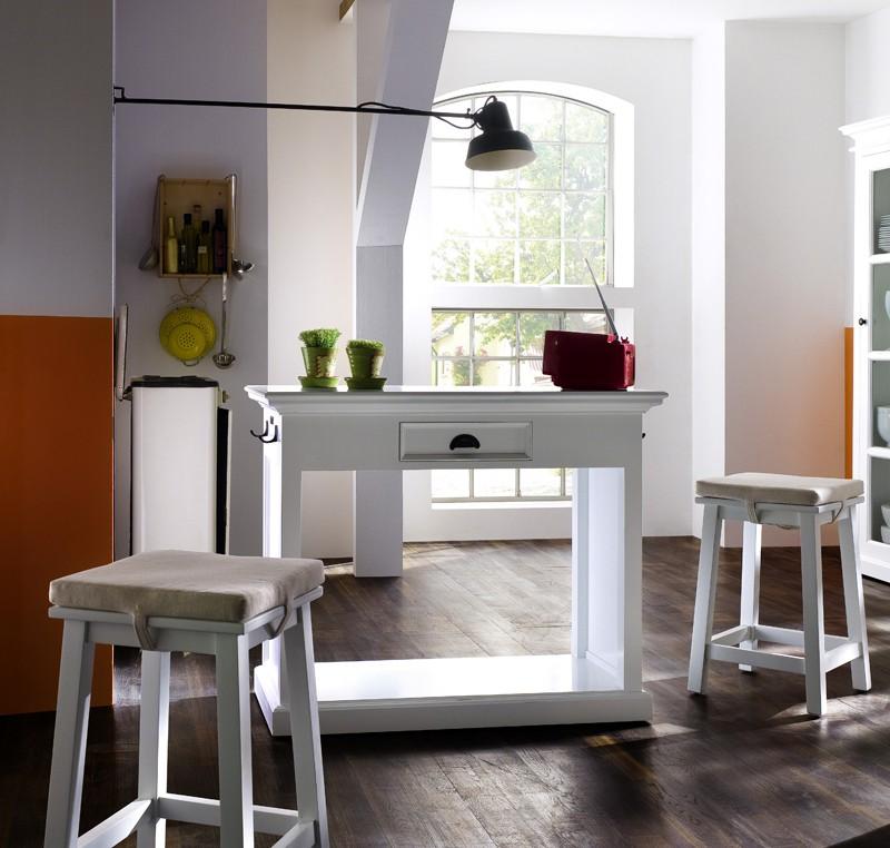 Table bar et tabourets bois blanc collection leirfjord for Tabouret bar bois et blanc