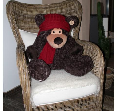 Micky-ours assis 60cm marron foncé bonnet et écharpe