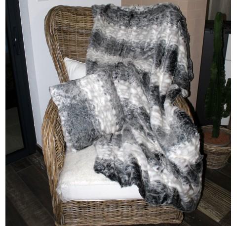 Plaid Walapa façon FOURRURE DE LOUP gris et blanc