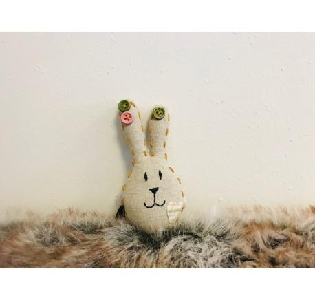 Mini Lapin de Pâques Déco en tissu beige - Objets déco maison - Lecomptoirdesauthentics