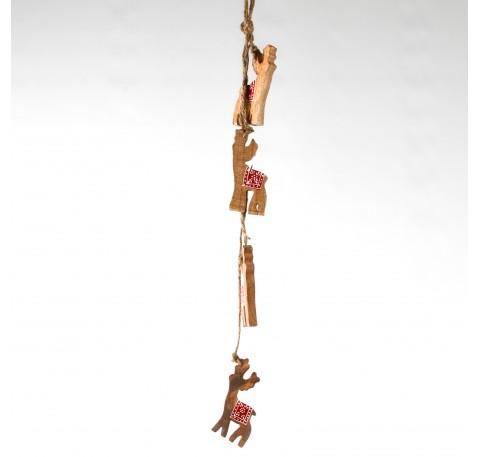 Guirlande de 4 cerfs en bois miel et rouge